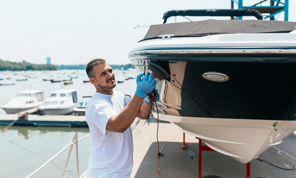 Maintenance nautique